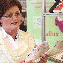 Őszi cipőkiállítás